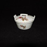 Vintage Royal Sealy Moss Rose Covered Trinket Box